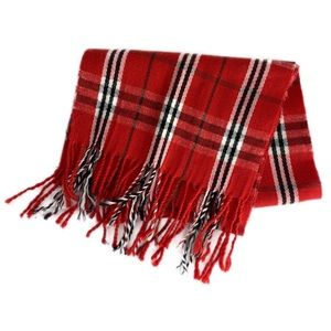 Accessories - ☃️ 3/$30 EUC Red Plaid Lightweight Scarf w/Fringe
